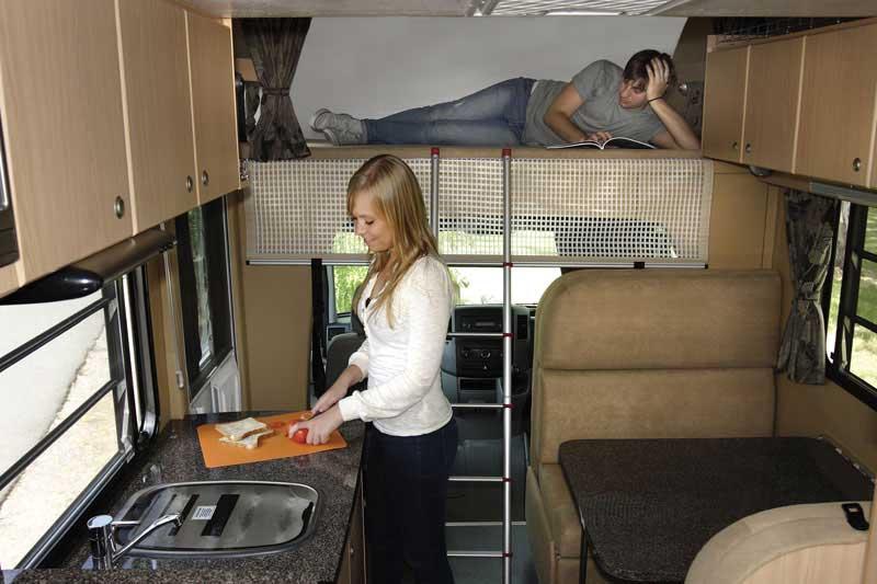 Apollo euro star camping car 4 personnes voyages - Renovation interieur camping car ...