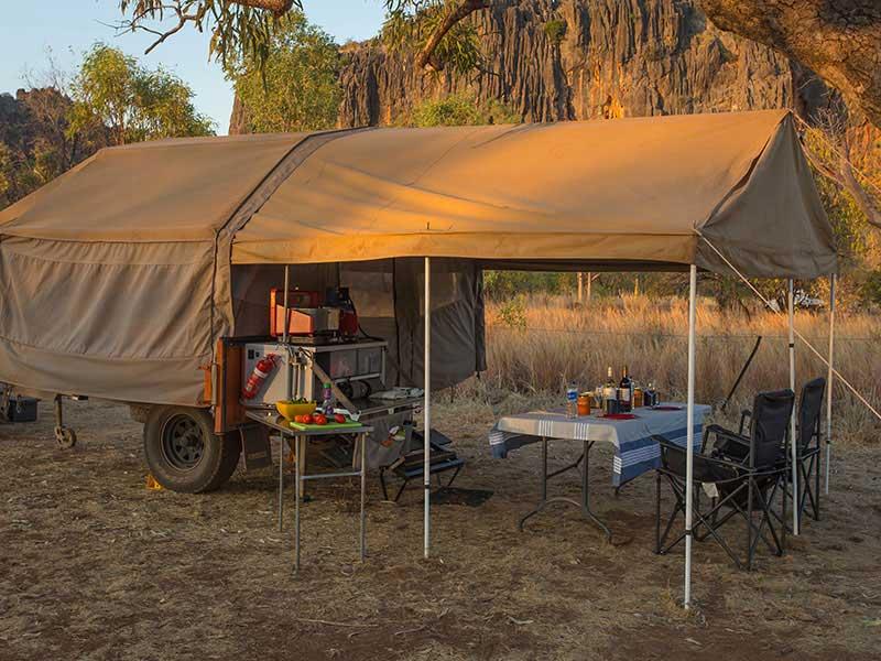 suv 34 randonn e en famille trailer camp remorque 4x4 ou roof tent tente de toit. Black Bedroom Furniture Sets. Home Design Ideas