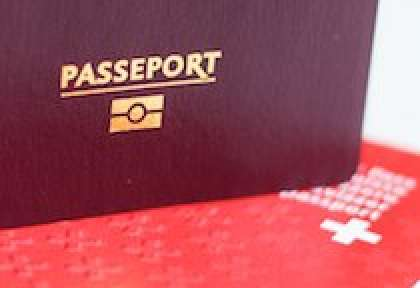 Passeport biometrique France et Suisse